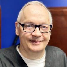 Dr. Glenn Zimmer